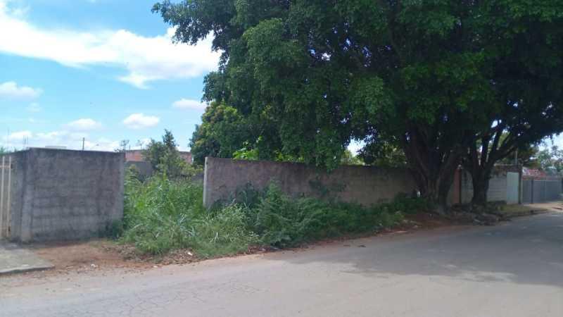 PA1038 – Lagoa da Prata/MG – Lote com a área de 300,00m² no bairro Gomes - Lance Inicial: R$90.000,00